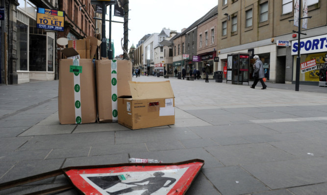 The cold weather has not helped businesses on Perth's High Street.