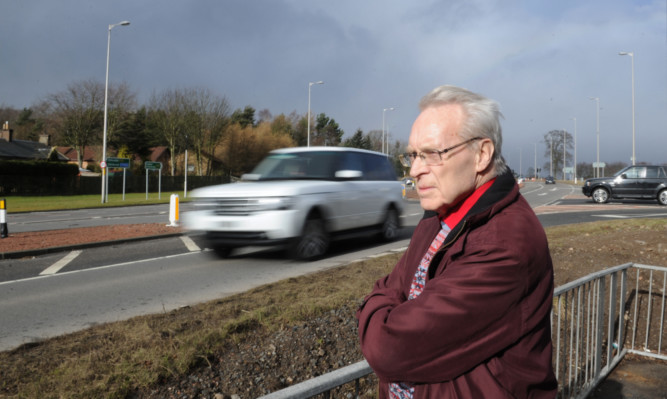 Ron Page, from the Glenrothes Area Furures Group, is campaigning for safety improvements to the road.