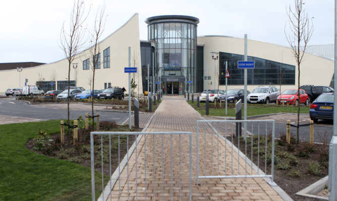 Montrose Sports Centre and Swimming Pool will close while workers fix  plumbing problems.