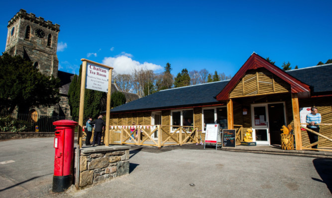 The new post office and cafe.
