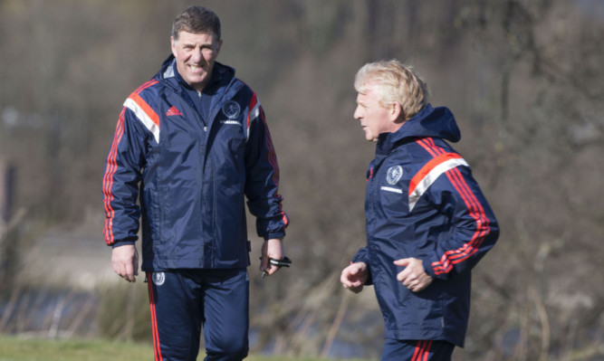 Mark McGhee and Scotland manager Gordon Strachan during the training session at Mar Hall.