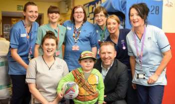 Andy Nicol with patient Arran McManus and some of the nurses.