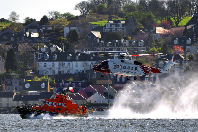 A coastguard helicopter and Broughty Ferry lifeboat wowed the crowds during a training exercise on the River Tay on Saturday. The new helicopter made its first visit to Dundee to practise winching and other search and rescue techniques. See more at www.thecourier.co.uk/1.865744.