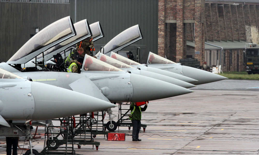 The MoD has expressed concern that turbines at Aylth will affect operations at RAF Leuchars.