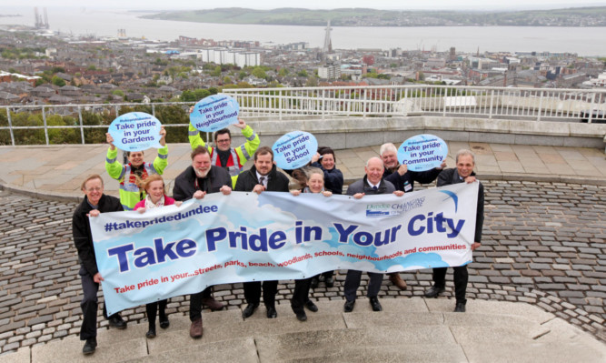 Councillor Craig Melville, centre, at the campaign launch at the top of the Law.