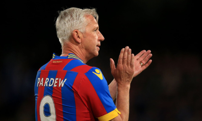 Alan Pardew was receptive to idea of sending Crystal Palace youngsters to Dens Park on loan, according to Dundee boss Paul Hartley.