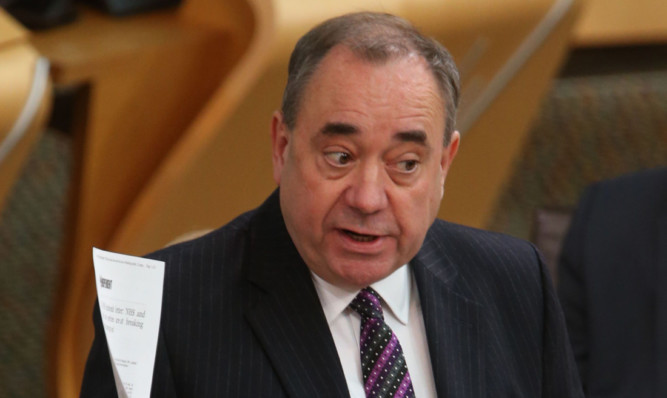 The former first minister is backing the Kopels' campaign.