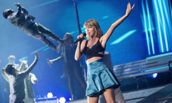 Taylor Swift at the SSE Hydro.