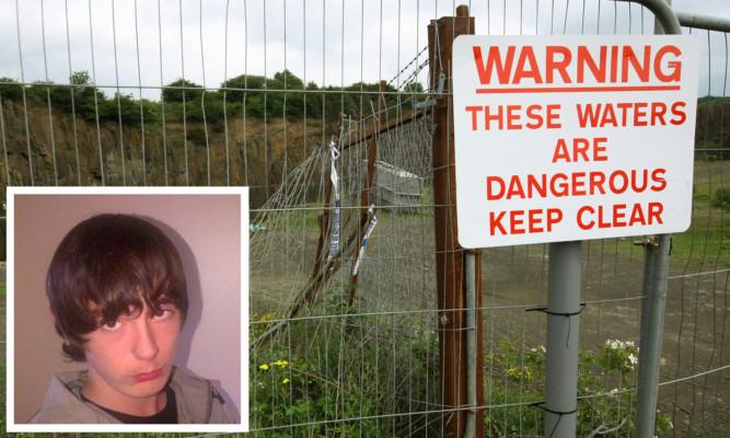 John McKay (inset) drowned at Prestonhall Quarry near Inverkeithing.