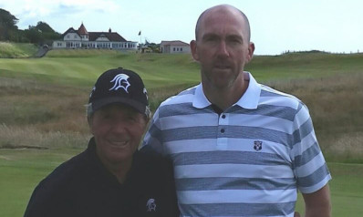 Ron Walker with Gary Player.