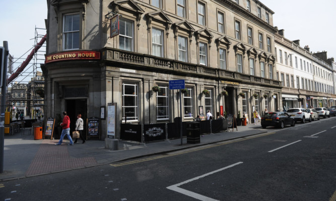 The man was assaulted at the junction of Reform Street and Meadowside.