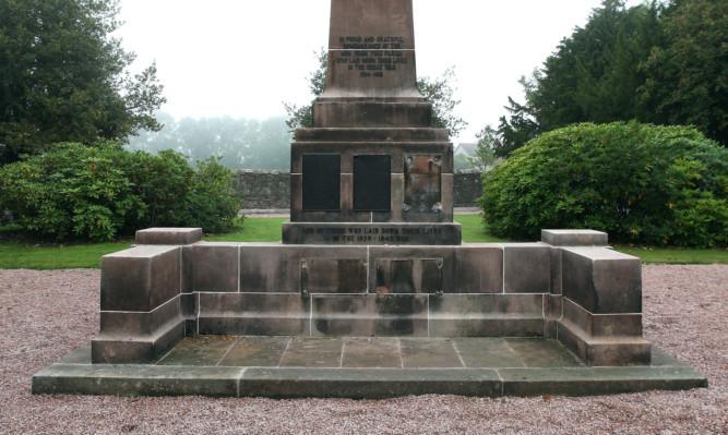 The plaque was taken from the war memorial in Milnathort.