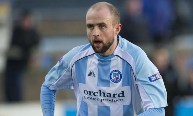 Former Forfar striker Ross Campbell was on the scoresheet for Montrose.