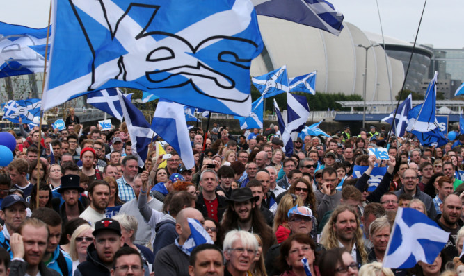 Pro-independence protesters outside the BBC's offices in Glasgow days before the vote.