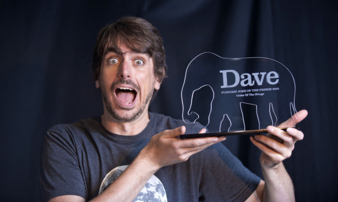 Darren Walsh has won the Dave Funniest Joke of the Fringe 2015 award at the Edinburgh Fringe.