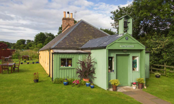 The building sits in a hamlet and has been repaired and converted to a high standard. (click arrow for more)