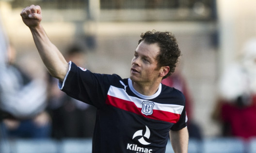 Dundee star  Matt Lockwood said there is big pressure on relegation rivals St Mirren.