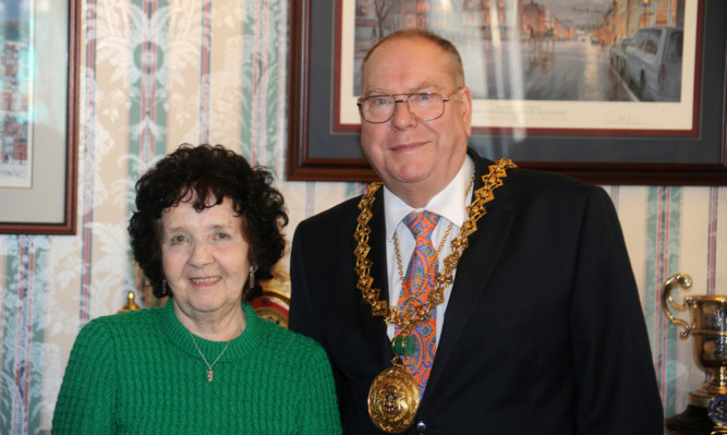 Stella Carrington with Lord Provost Bob Duncan.