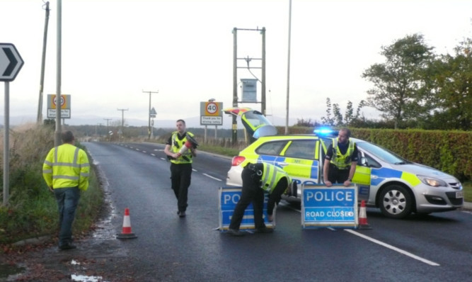 Police closed the A933 road between Arbroath and Brechin on Saturday afternoon.