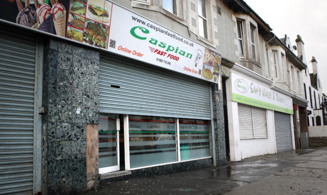 The incident happened outside the Caspian Fast Food on Wellesley Road in Methil.