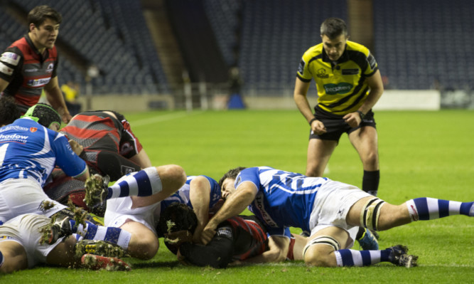 WP Nel goes over for Edinburgh's first try at BT Murrayfield.