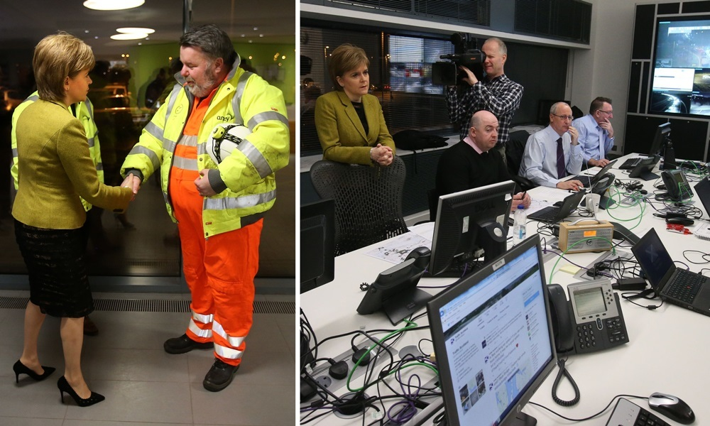 First Minister Nicola Sturgeon talks to Forth Road Bridge senior engineer Robert McCulloch as she arrives at the Traffic Scotland control room at South Queensferry.  PRESS ASSOCIATION Photo. Picture date: Tuesday December 8, 2015. Robert was the engineer who found the crack in the bridge forcing its closure last week. Photo credit should read: Andrew Milligan/PA Wire