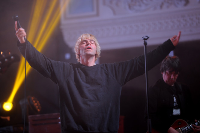 Madchester survivors The Charlatans raised the roof at Dundees Caird Hall on Tuesday. The indie rockers, who shot to fame in the early 90s, got the large audience dancing with a mix of songs from new album Modern Nature and hits from their back catalogue, including Tellin Stories, Youre Not Alone, One To Another and the anthemic The Only One I Know.