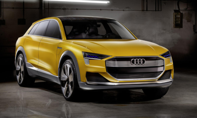 Audis concept h-tron combines hydrogen power and a rooftop solar panel.