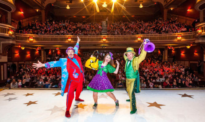 The Singing Kettle is among big shows to have played the Alhambra.