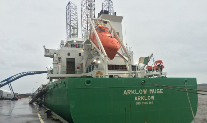A cargo of 14,000 tonnes of feed wheat left Dundee for Belfast