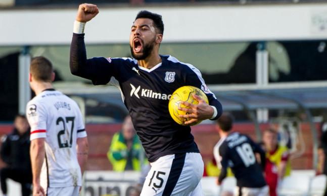 Dundee's Kane Hemmings celebrates his goal.