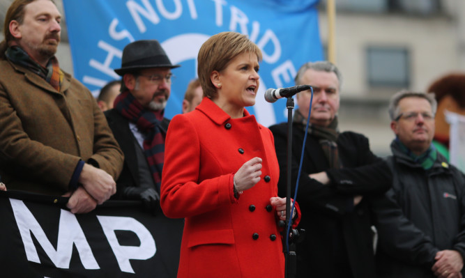 Nicola Sturgeon speaking to anti-Trident crowds in Trafalgar Square.
