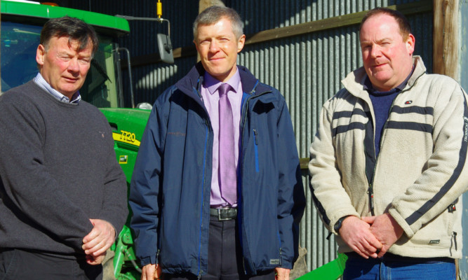 Willie Rennie (centre) met Allan Bowie and Ian Sands to discuss the farm payments delay.