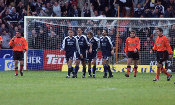 Dundees Claudio Caniggia is congratulated after his goal in 2000.