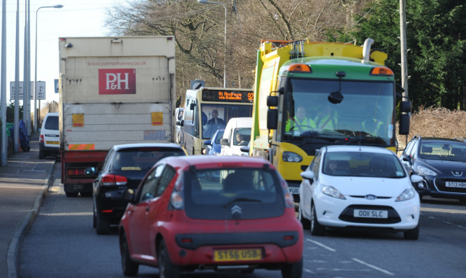 The roadworks have caused a traffic build up in Guardbridge in recent weeks.