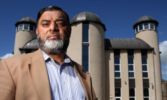 Dundee Islamic Society chairman Bashir Chohan is appealing for calm.