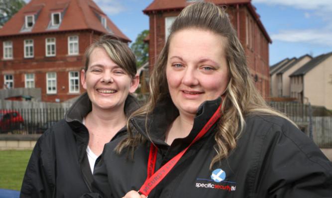 Catherine Lorimer (right) and Shona Fletcher helped save Mr Yorke's life.