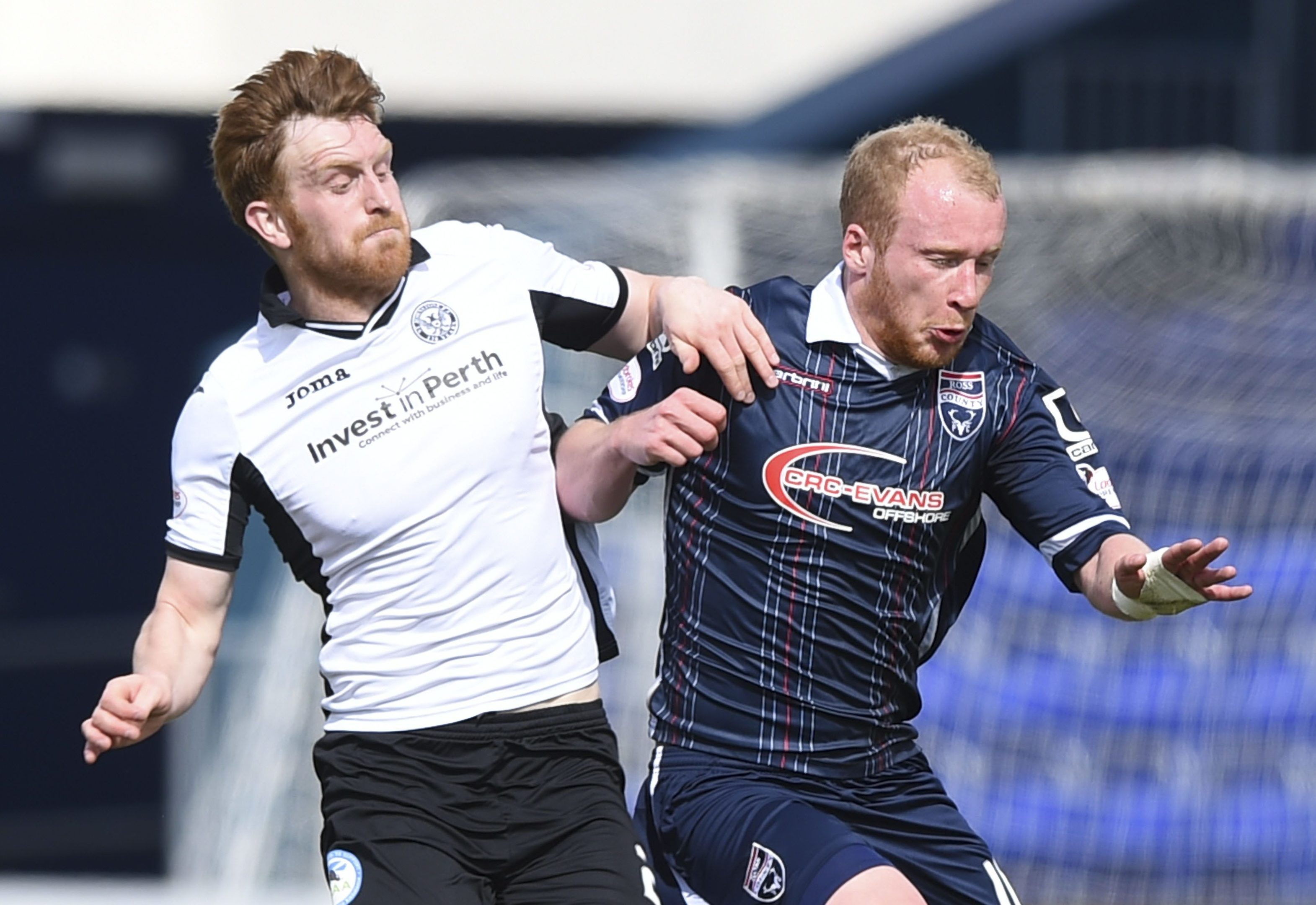 Liam Craig in action against Ross County.