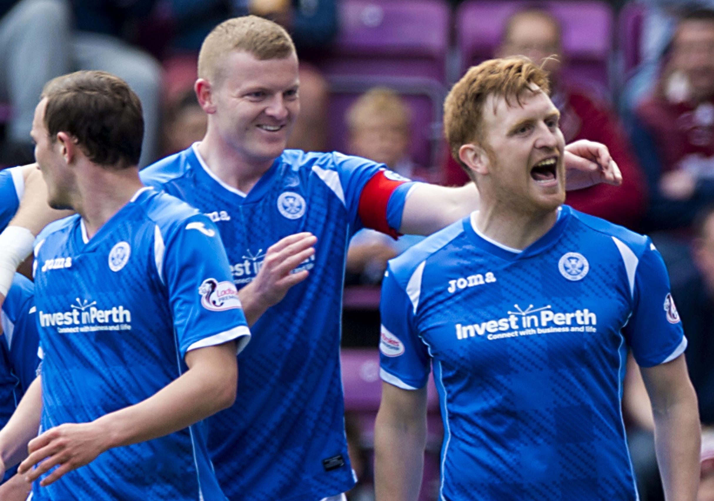 Liam Craig celebrates his goal against Hearts.