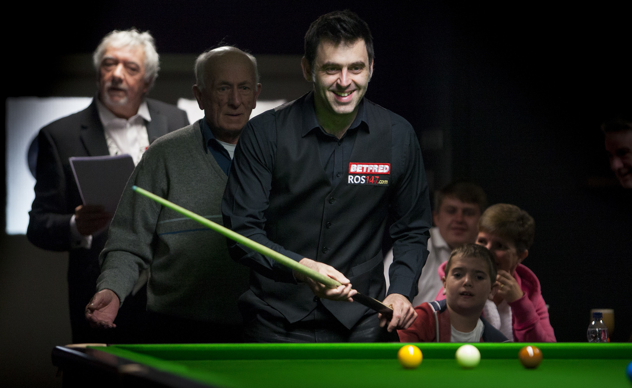 Ronnie O'Sullivan at Shotz Snooker Club in Arbroath.