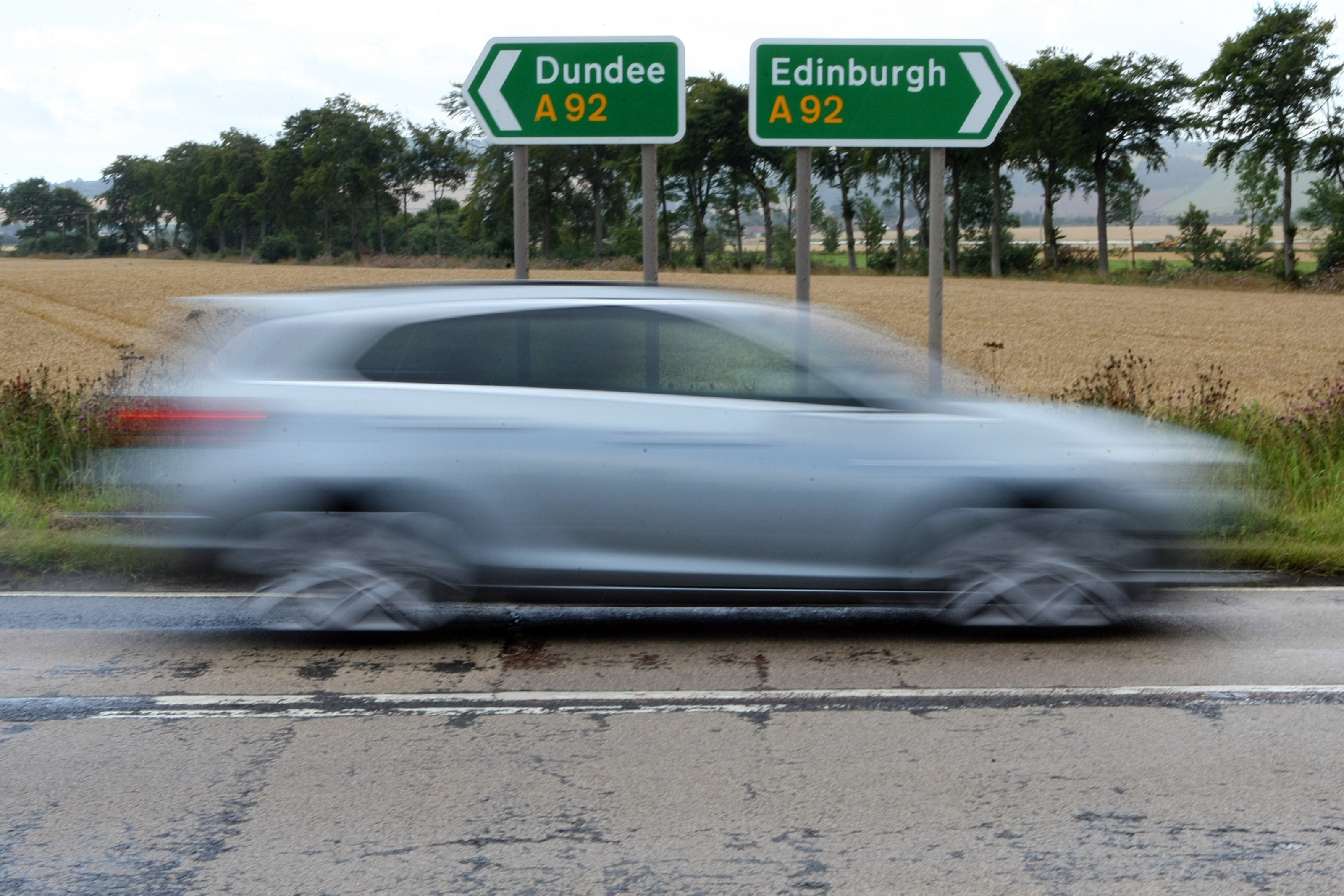 A section of the A92 will be closed for bridge repairs