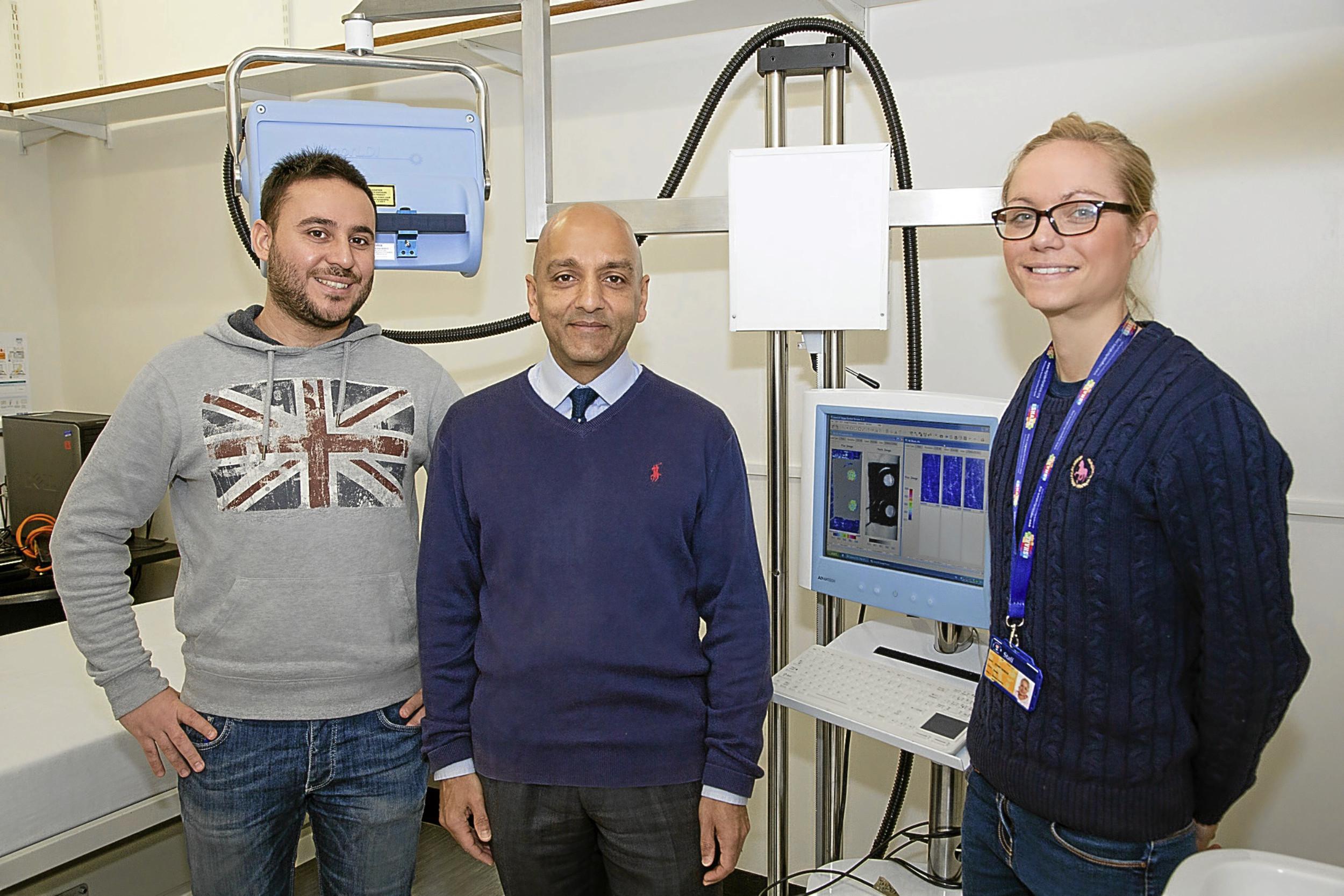 Salvatore Smirni (PhD student), Dr Faisel Khan, Emma Storey Gordon (Research Technician))
