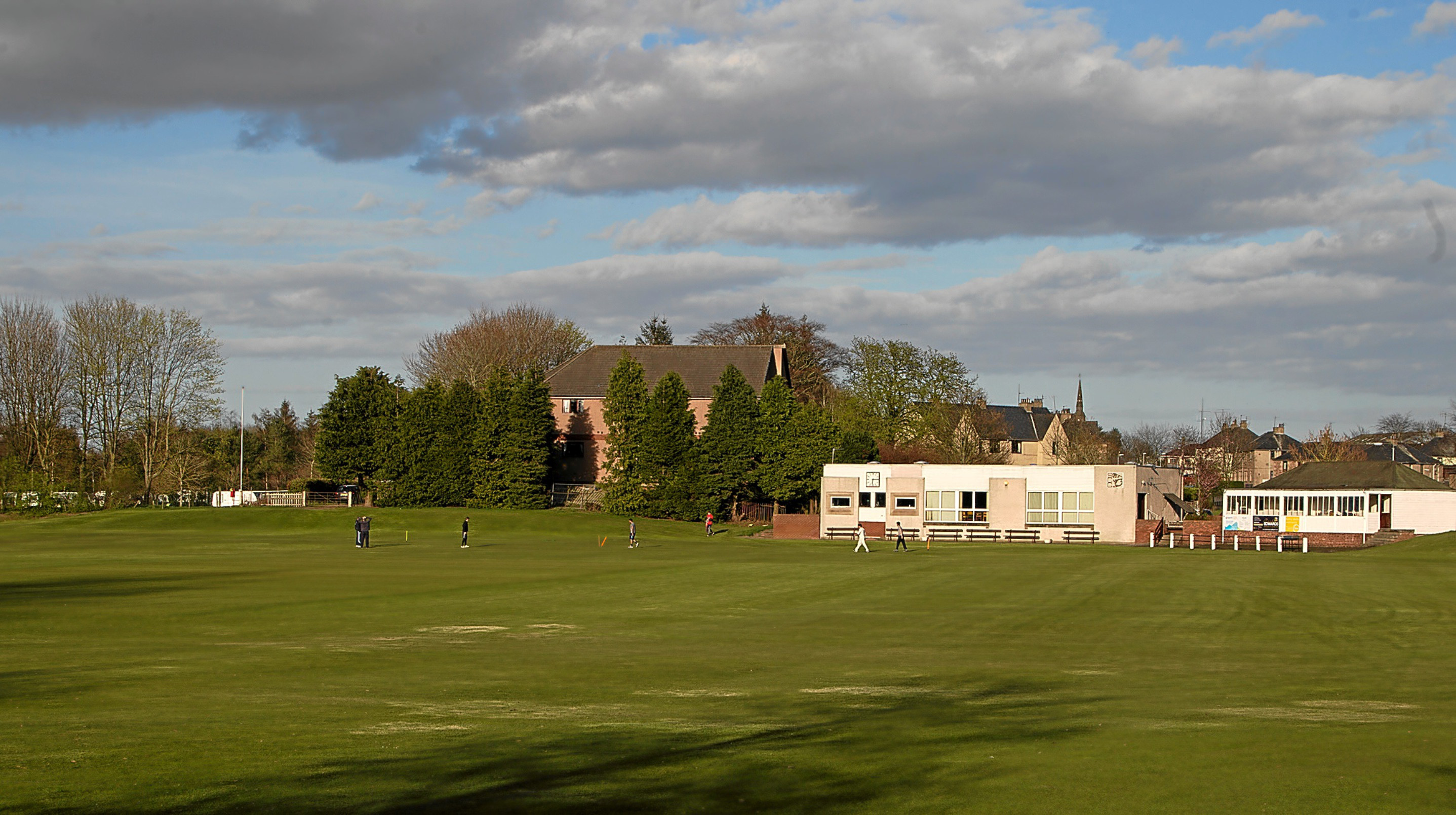 Strathmore cricketers at the crease.