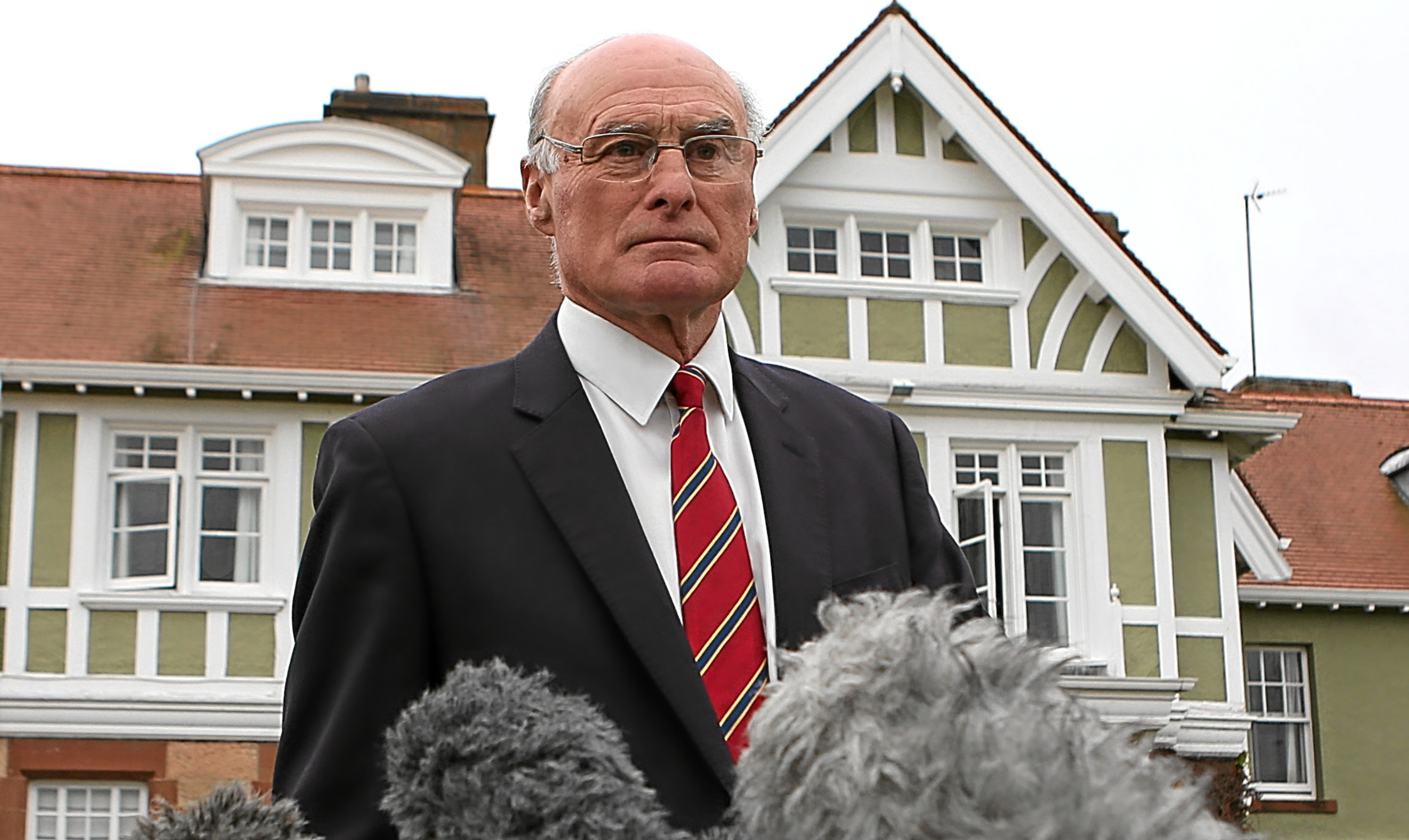Captain of Muirfield Golf Club, Henry Fairweather announces the outcome of the ballot on the admission of women. Picture: PA.