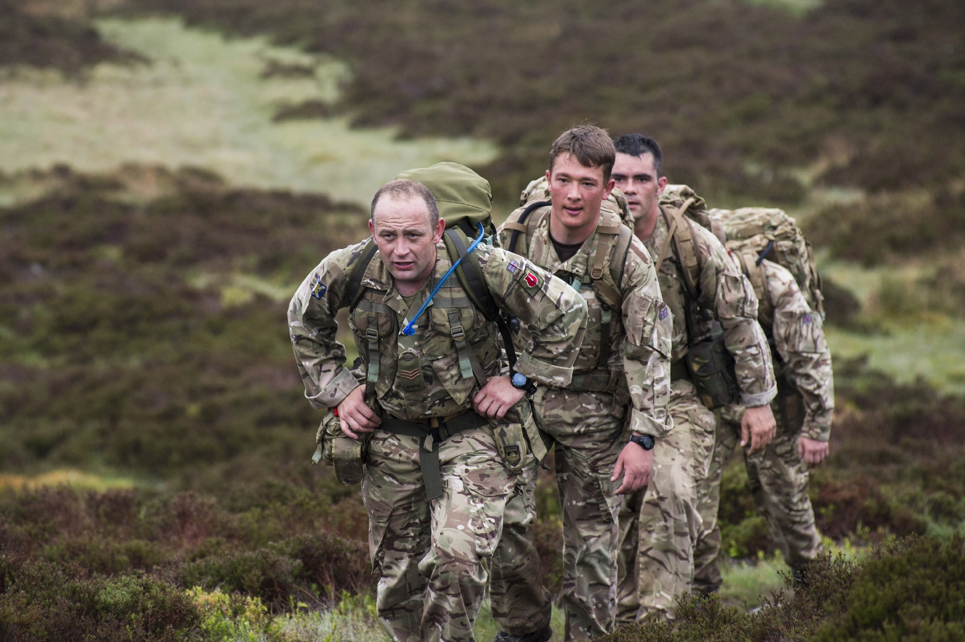Military teams take on the Cateran Yomp.