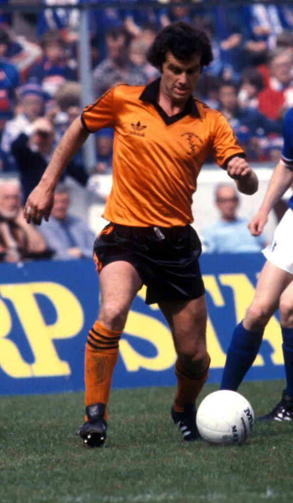 09/05/81 SCOTTISH CUP FINAL RANGERS V DUNDEE UNITED (0-0) HAMPDEN PARK - GLASGOW Dundee Utd's Frank Kopel