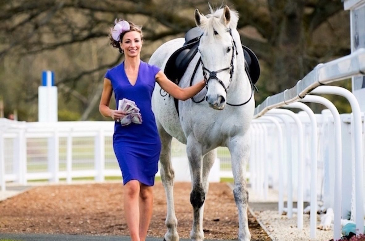 The £2,000 cash prize for best dressed lady is the highest ever recorded in Scottish racing.