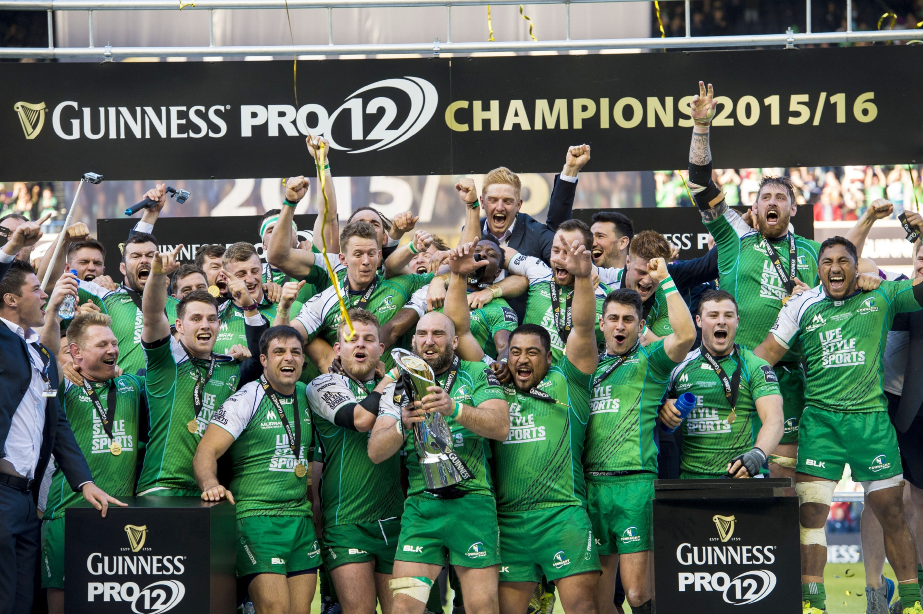 Connacht celebrate their win in the Guinness PRO12 final at Murrayfield.