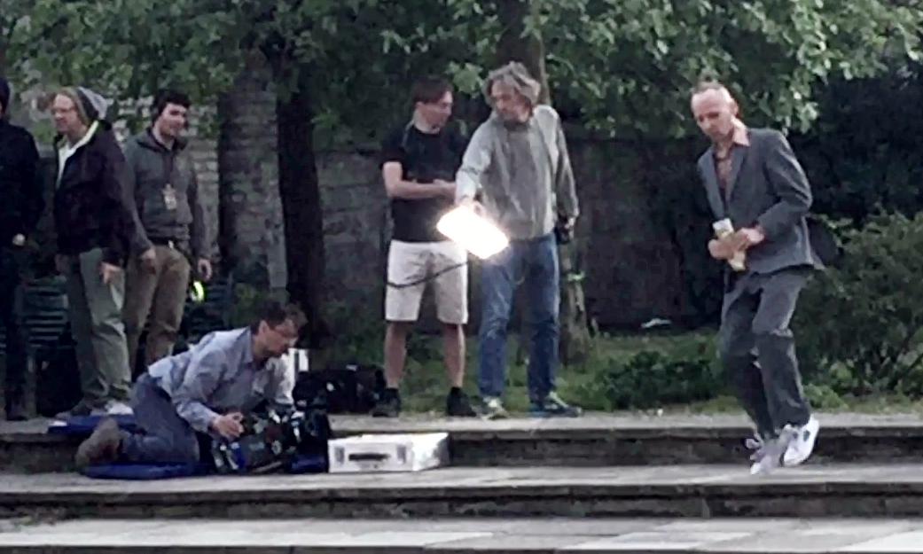 Ewen Bremner (right), as Spud, filming in Edinburgh.
