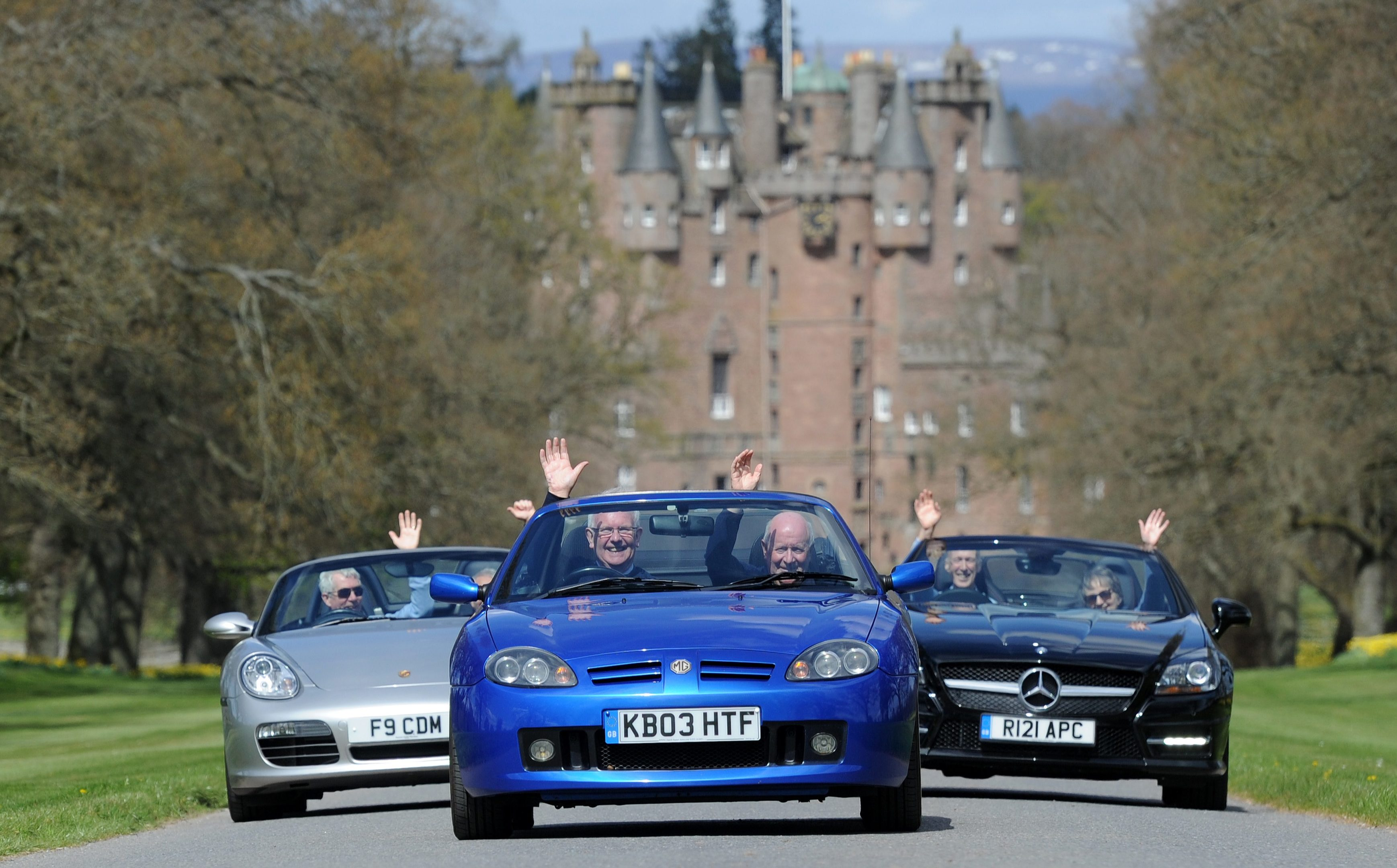 Forfar Rotary Club will raise money for Scotland's Charity Air Ambulance at the Strathmore Classic Car Tour.